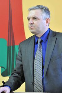 Виктор Русак